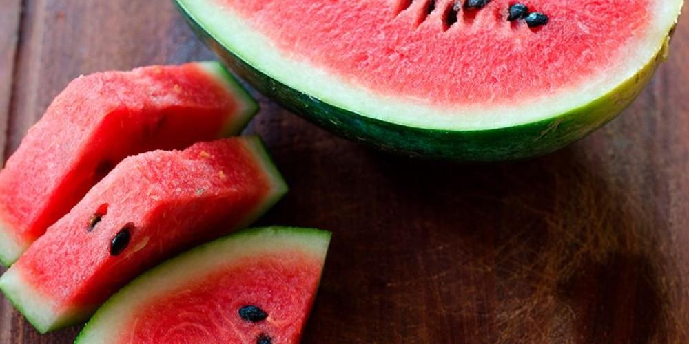 5 frutas que ayudan a bajar de peso