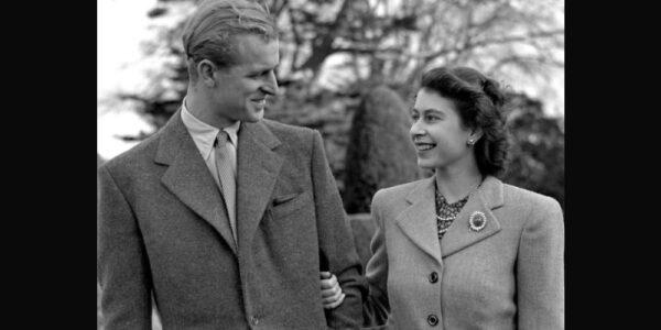 Los 73 años de amor de Isabel II y Felipe en imágenes